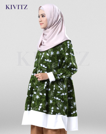 BLANG PADANG TOP (GREEN PATTERN) image