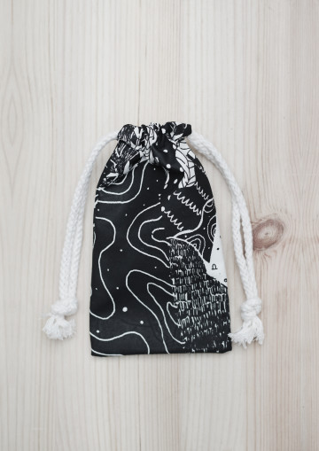 MOUNTAIN MINI POUCH image