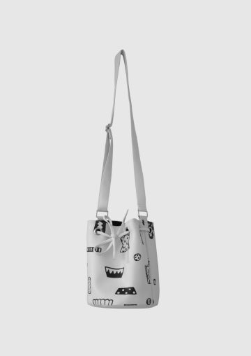 TUAI BUCKET BAG image