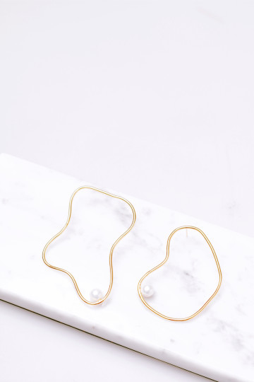 Wiggle Earrings