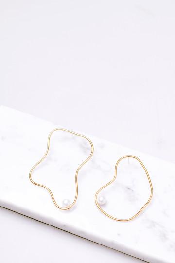 Wiggle Earrings