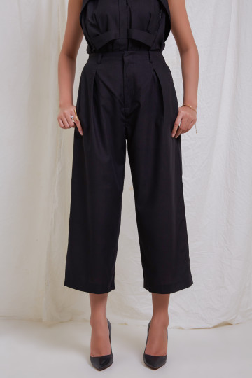 Black Clo Wide Leg Ankle Pants