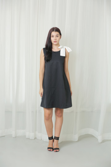 Black Peppy Dress Tie White