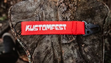 CARABINER KEYCHAIN KUSTOMFEST 2020-RED