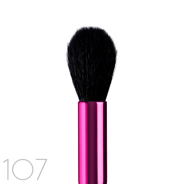 TAPERED HIGHLIGHT BRUSH image