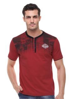 Slim fit - Kaos Henley - Gambar Gedung - Merah