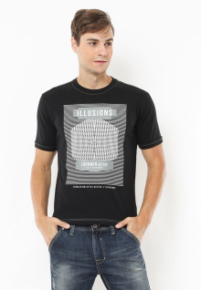 Slim Fit - Kaos Casual Active - Illusions - Hitam