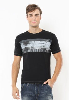 Slim Fit - Kaos Casual Active - Gambar Sablon - Hitam