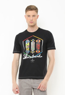 Slim Fit - Kaos Casual Active - Gambar Skateboard - Hitam