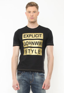 Slim Fit - Kaos Casual Active - Sablon Johnwin Style - Hitam