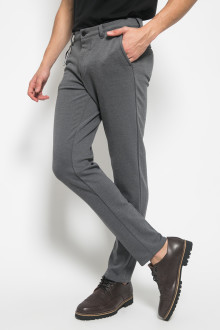 Jogger Pants Slim Leg Double Pockets - Hitam