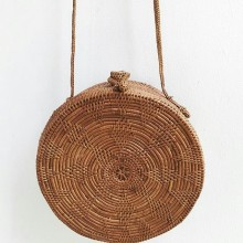 Rattan bag flower pattern