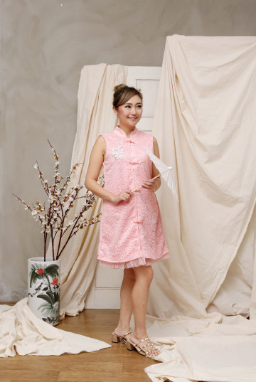 Peony Dress Mom