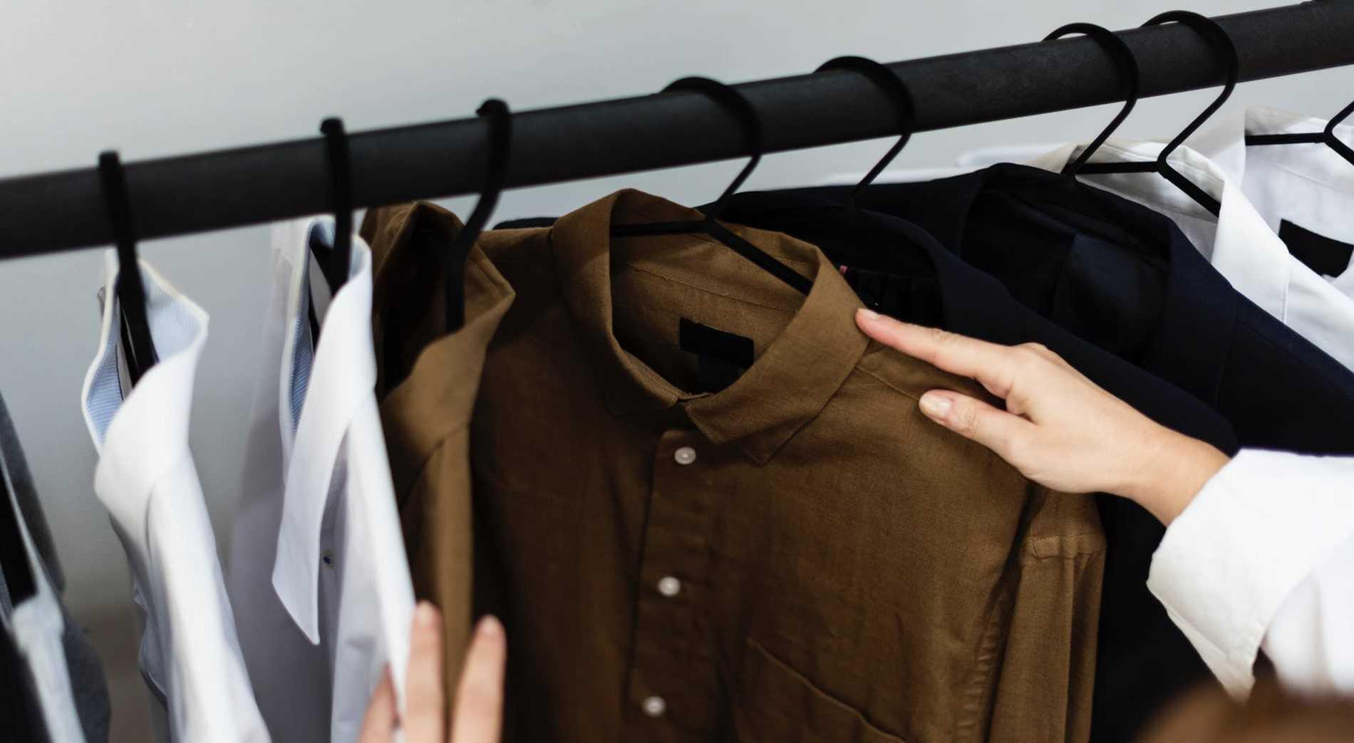 Beli gantungan baju stylish lumikasa