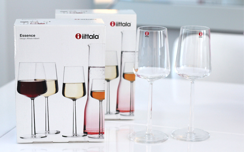 iittala essence wine glass