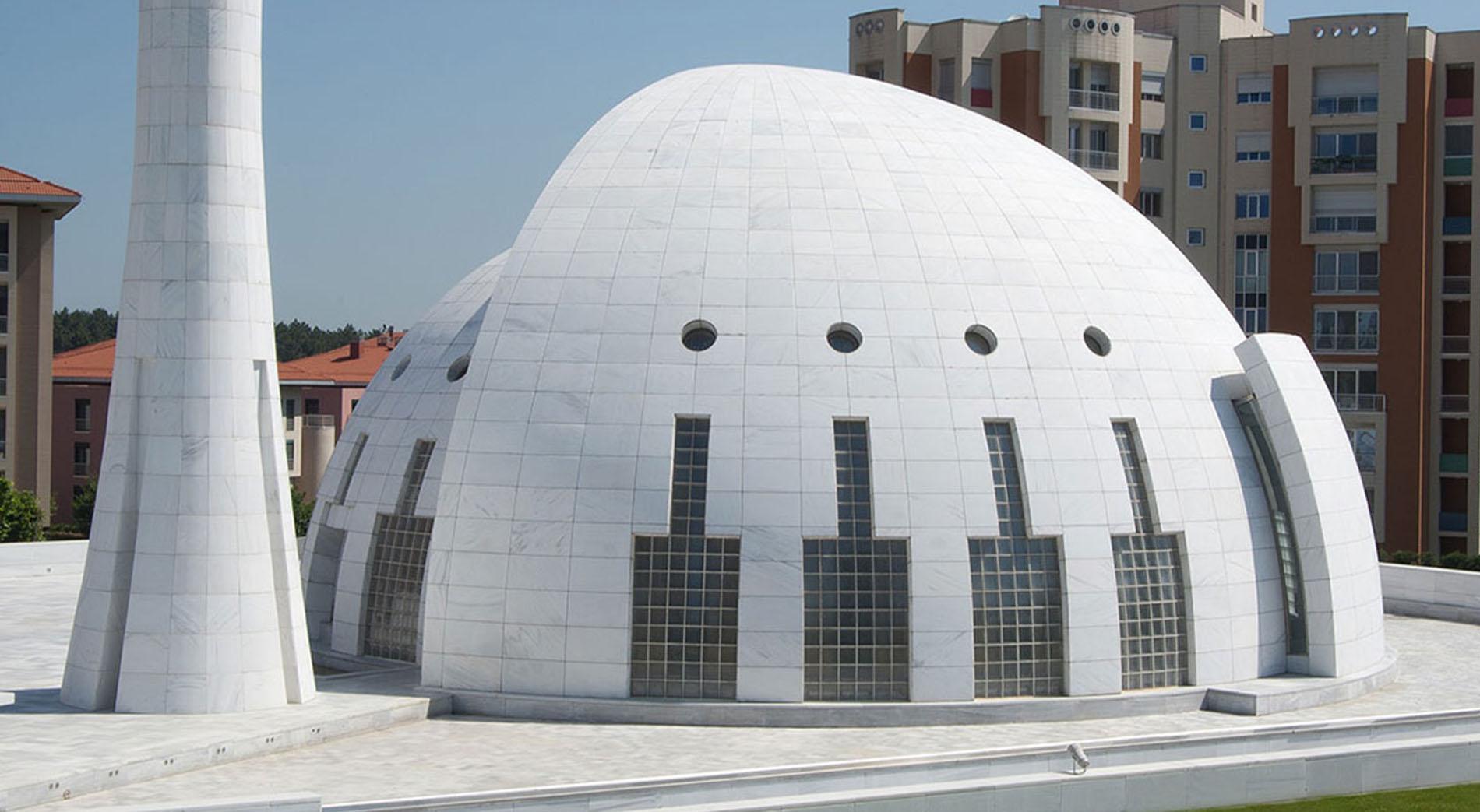 Masjid Kubah Putih