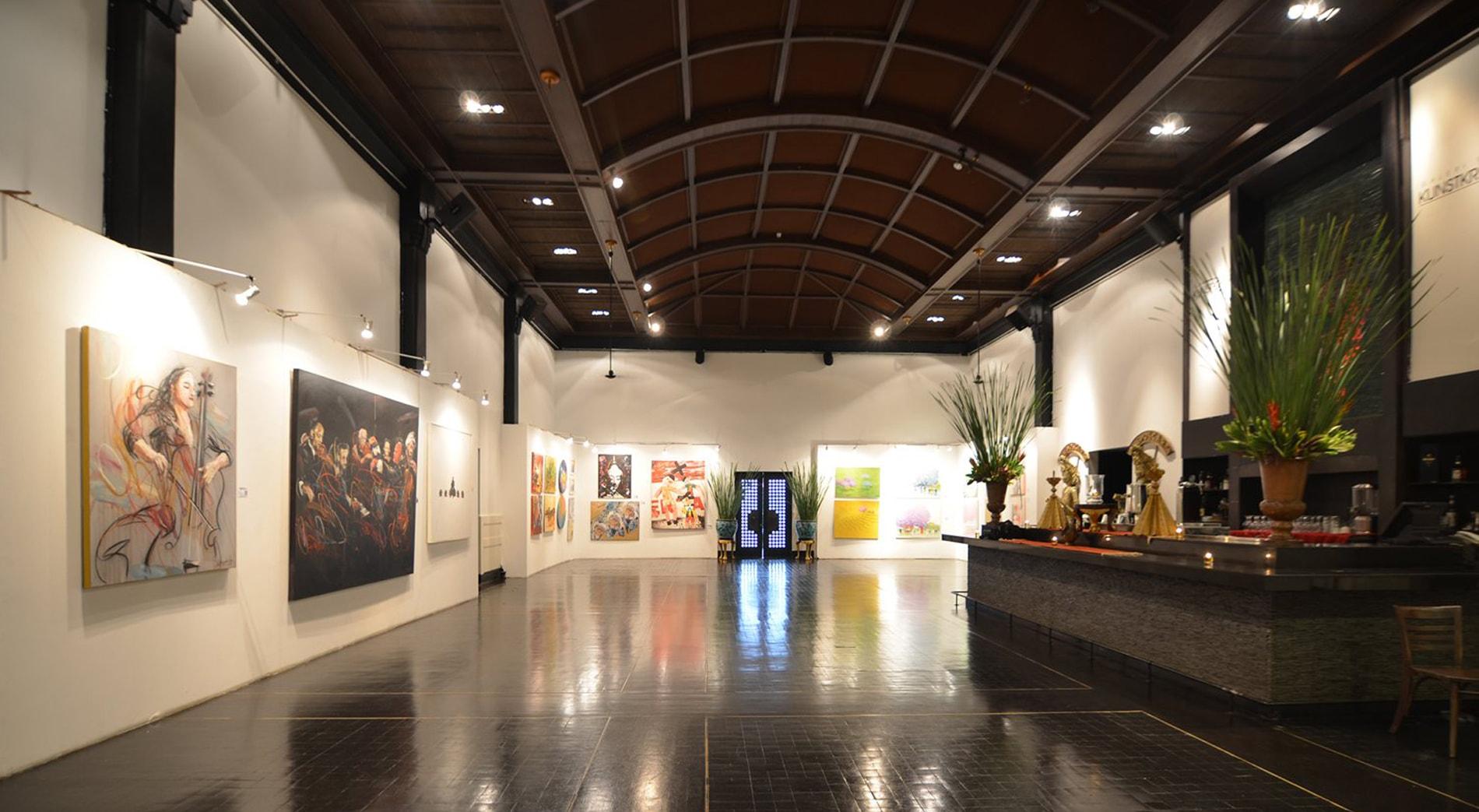 Tugu Kunstkring Paleis Art Space