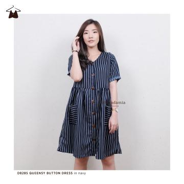 D8285 QUEENSY BUTTON DRESS image