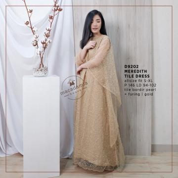 D9202 MEREDITH TILE DRESS image