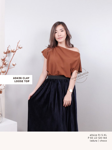 A9436 CLAY LOOSE TOP image