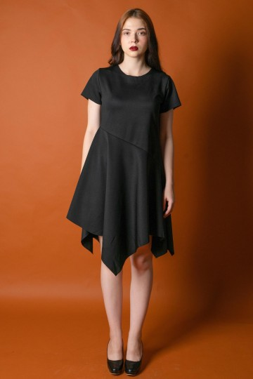Shena Simetris Black