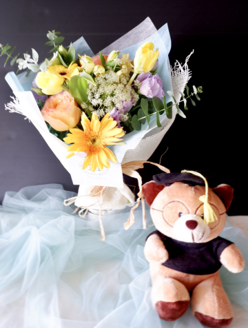 Mini Bouquet 02 -  Special For Graduation gift