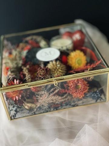 Maryam Arrangement Box