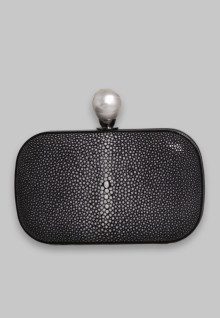 Stingray Oval Clutch