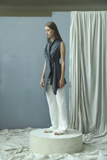 Asymmetric in Grey | Vest/Top