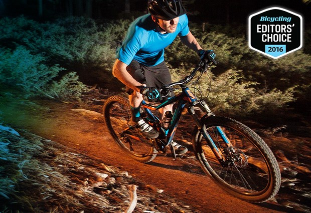 Stance Wins Bicycling Editors' Choice Award! image