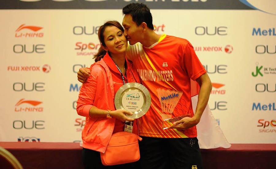 Kisah Cinta Sony Dwi Kuncoro dan Istrinya Gading Safitri