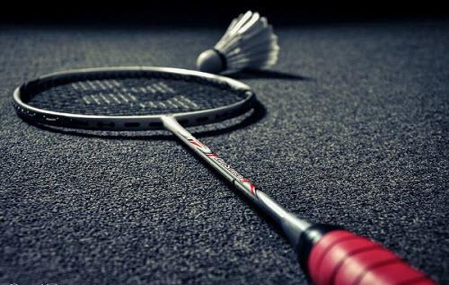 Tips dan Cara Memilih Raket Badminton