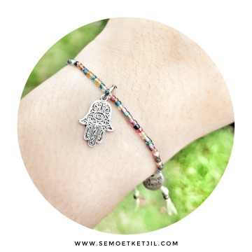 Hamsa Green beads mini