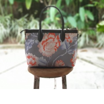 Premium Hand Bag Chrysanthemum Orange