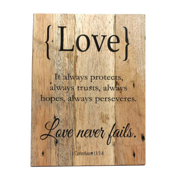 Wood Wall (quote) Love Never Fails - Seruni Living