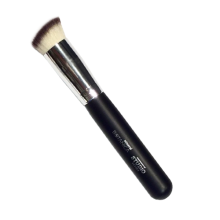 mineral BOTANICA Angled BB Cream Brush