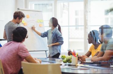 Ide Bisnis Online Ini Cocok untuk Pebisnis Muda (Millennials)image