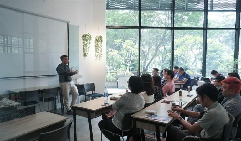 SIRCLO Berbagi Pentingnya Pengetahuan Digital Startup untuk Generasi Masa Kiniimage