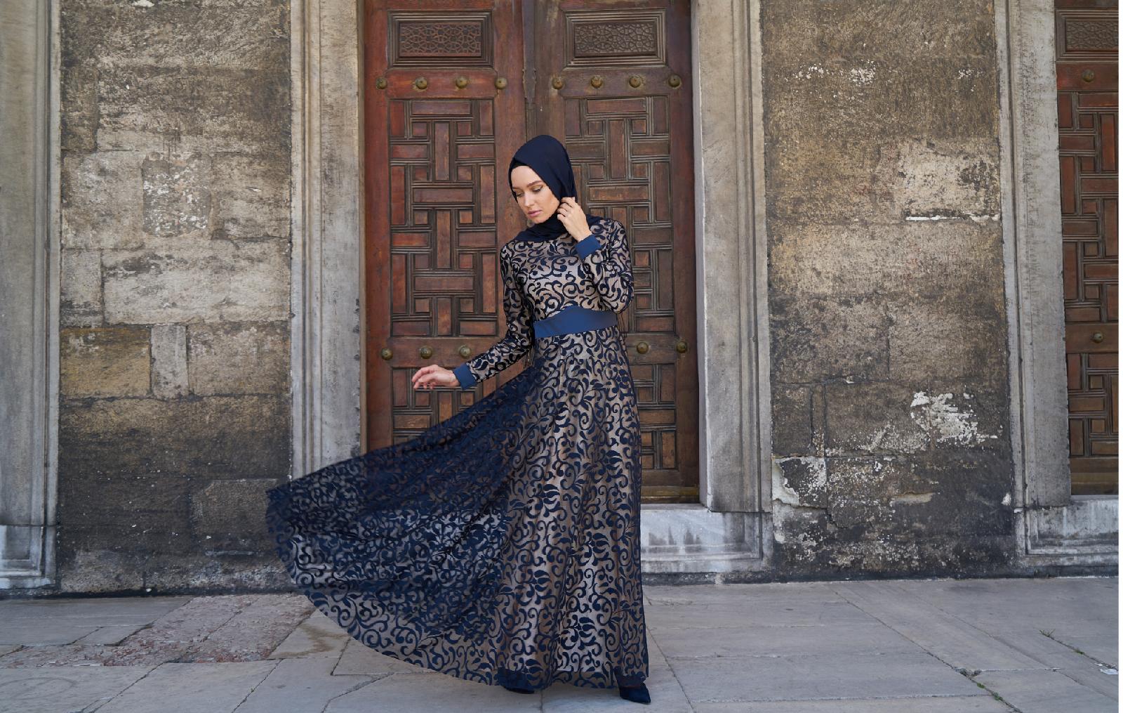 Siapkan Paket Spesial Lebaran karena di bulan Ramadhan customer ingin tampil kece