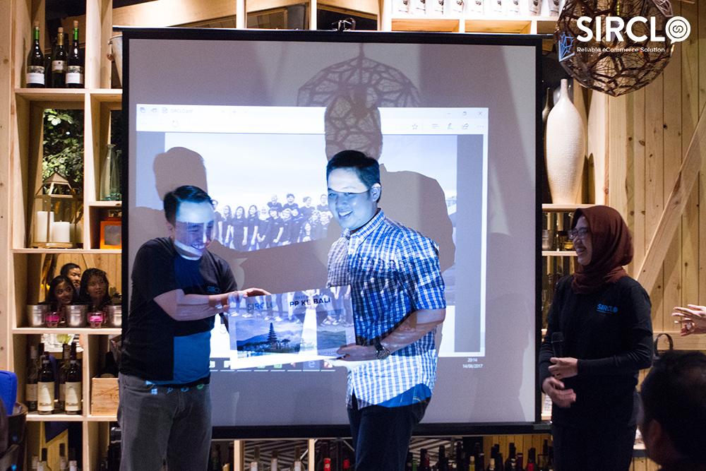 Buka Bersama SIRCLO Berhadiah Tiket PP Ke Bali