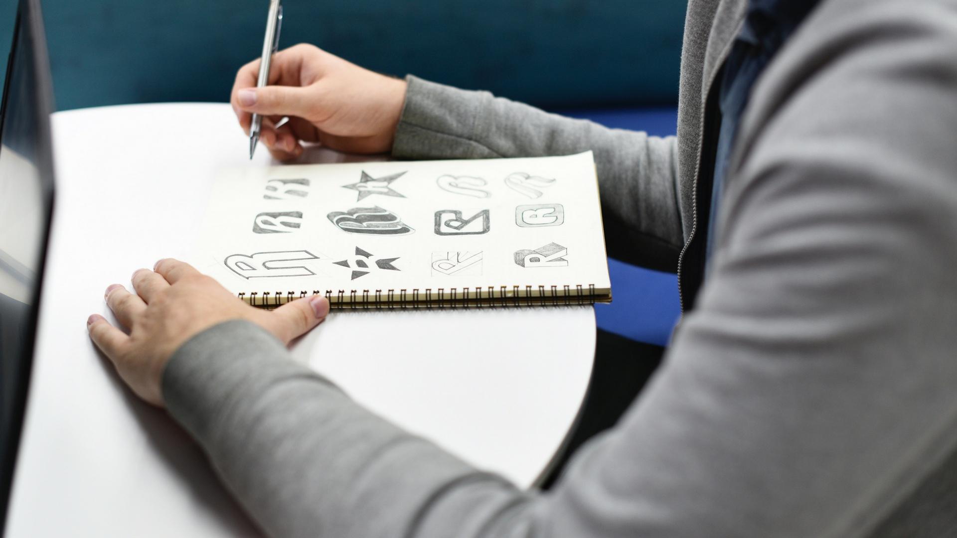 Tips Membuat Logo Sesuai Dengan Karakter Brand