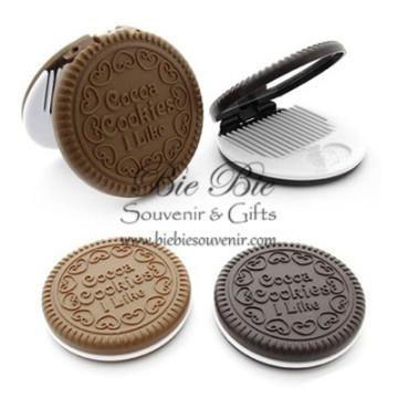 Cookies Mirror - Kaca dan Sisir Oreo image