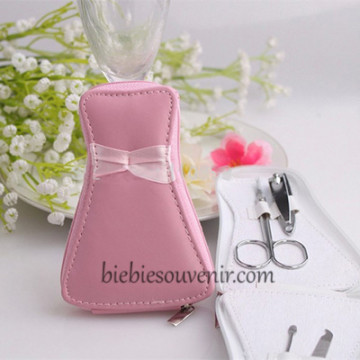 Gown Manicure Set image
