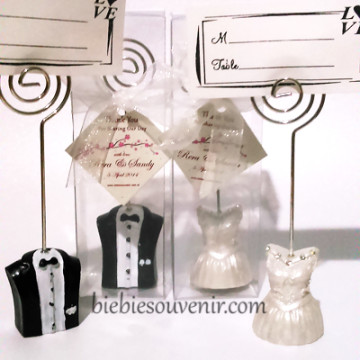 Bride and Groom Photoholder image