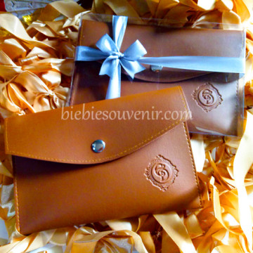 Caramel Brown Leather Pouch Bag image