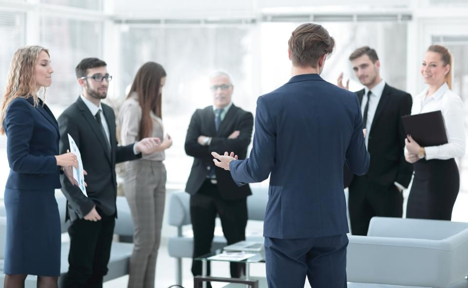 Five Coaching Practices To Accelerate The Growth Of Others image