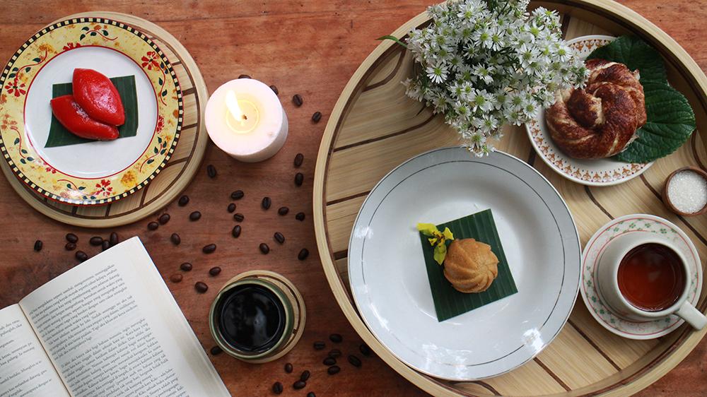 Canangsari Tray Laminated Bamboo