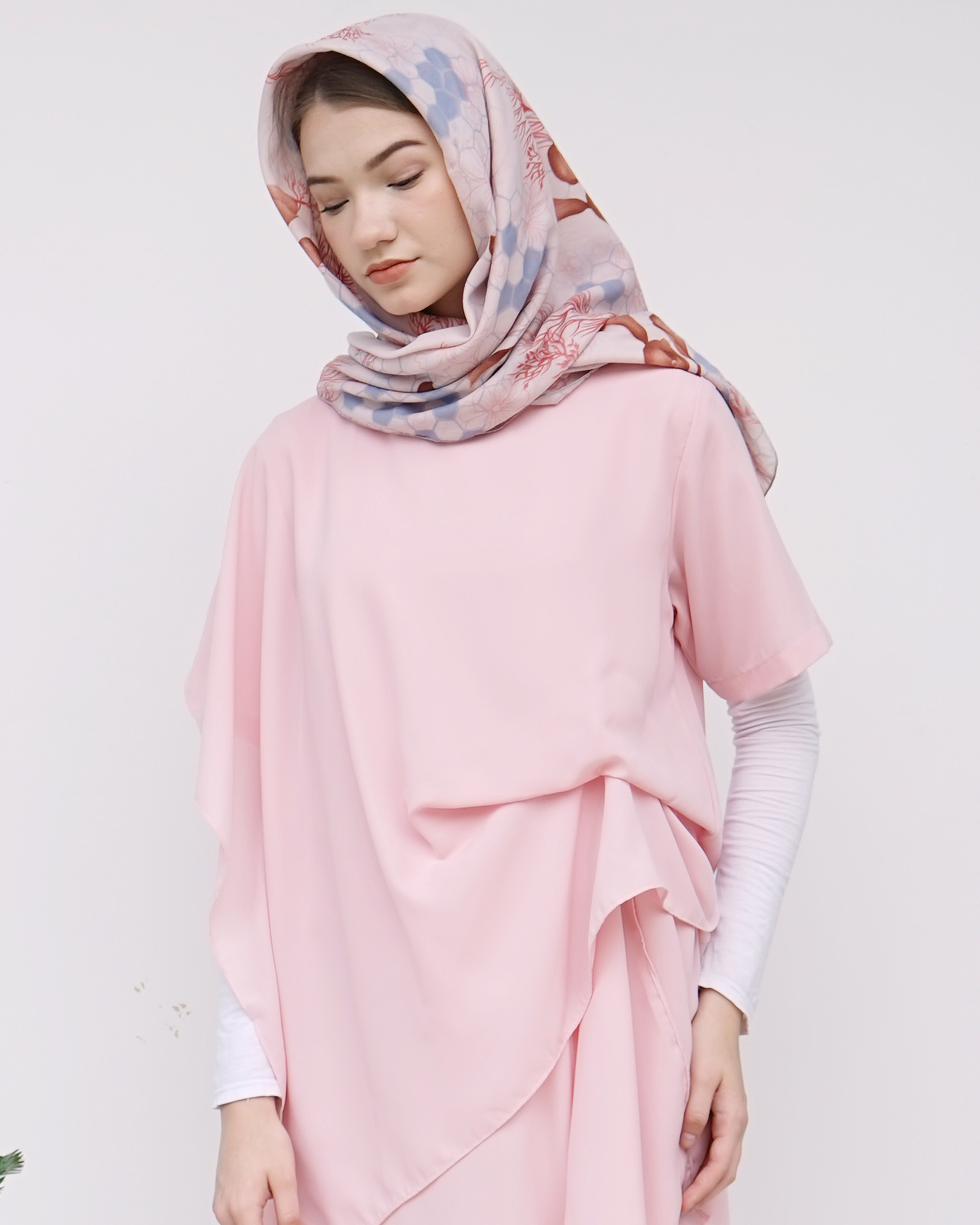 INSPIRASI OUTFIT BUKBER SIMPLE DAN STYLISH image