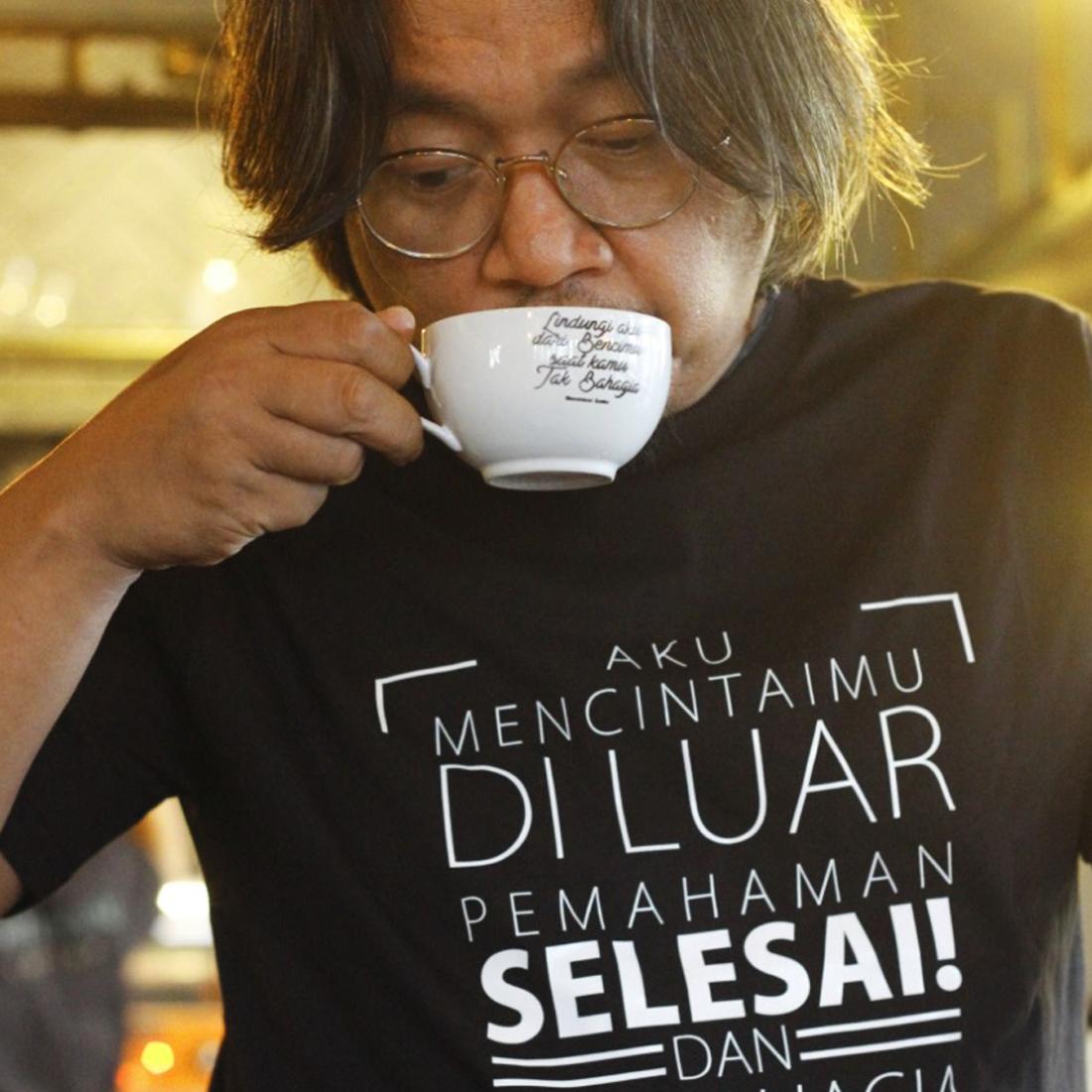 """Bentuk Apresiasi Moammar Emka Lewat Single Terbarunya """" Permisi """" Dan Merchandisenya. image"""