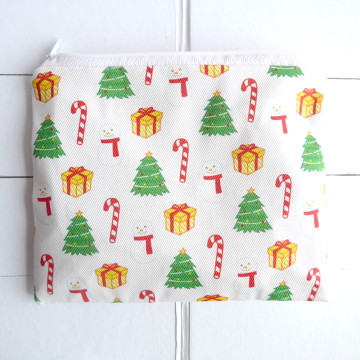 White Christmas Pouch